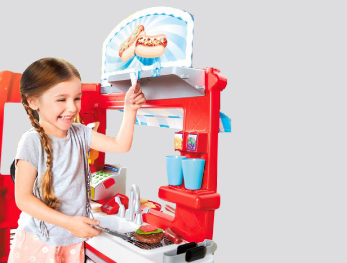Little Tikes 2-in-1 Food Truck Kitchen from Little Tikes