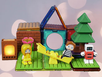 Backyard Adventure Set from Magformers