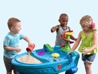Fiesta Cruise Sand & Water Table with Umbrella from Step2