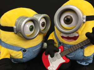 Minions Movie Rock' N Roll Stuart and Sing N Dance