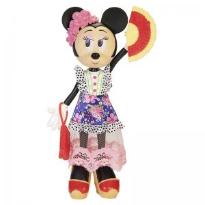 Disney Minnie Mouse Poseable Island Icon, Tres Chic, City Style, and Trendy Traveler