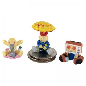 World's Smallest Pop Culture Micro Figures Hello Kitty and GPK