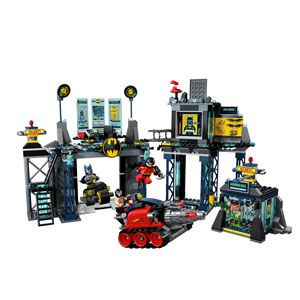 LEGO DC Universe Superheroes The Batcave